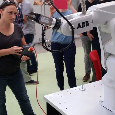 Susanne Stadler is teaching a robot